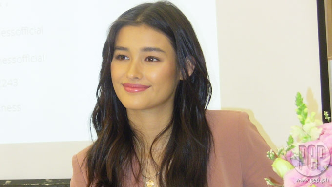 How Liza Soberano gets past her