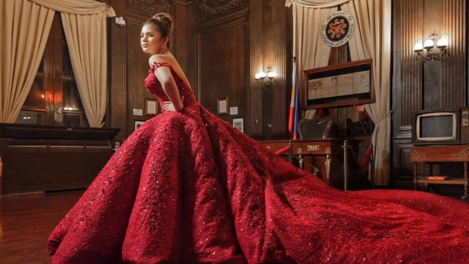 Did Isabelle Duterte's pre-debut gowns cost PHP1.3 million?