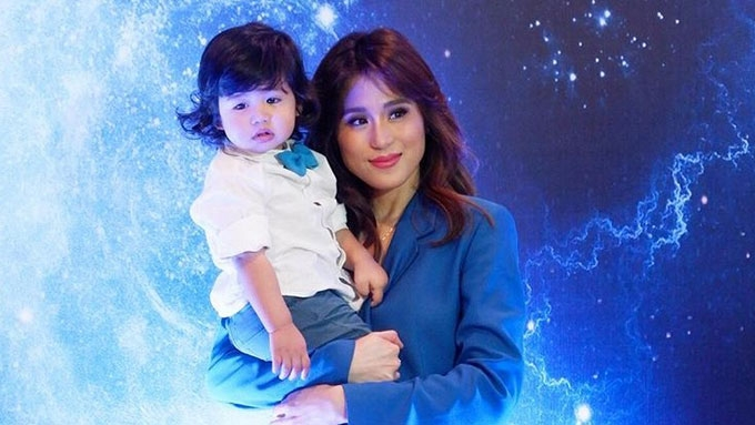 Baby Seve Soriano steals the show with his cute antics