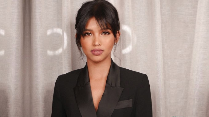Fans will have to wait a little longer for Maine's lipstick