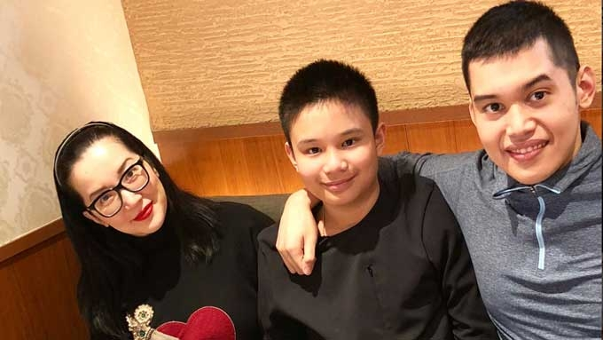 Kris gives son Josh a hard-to-find watch for his birthday
