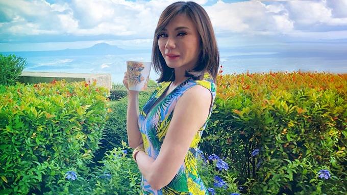 Wearing nakakabata OOTDs makes Dra. Vicki Belo happy