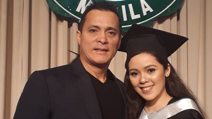 Bong attends graduation of daughter with Almira