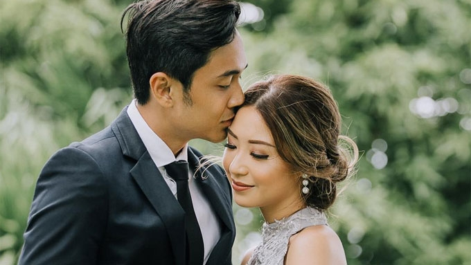 Slater Young and Kryz Uy hold Chinese engagement ceremony