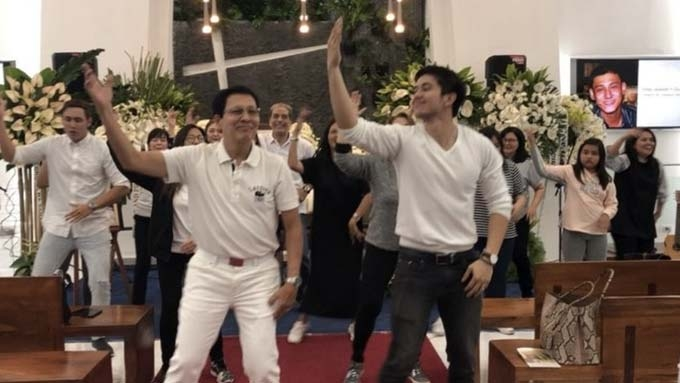 Tirso Cruz III and the Cruz clan dance in honor of Teejay