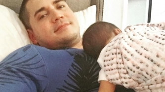 Paolo Contis sings unusual lullaby for his newborn baby
