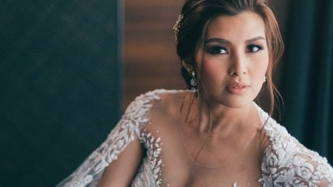 FIRST LOOK: Sunshine Garcia glows in her Patricia Santos bridal gown